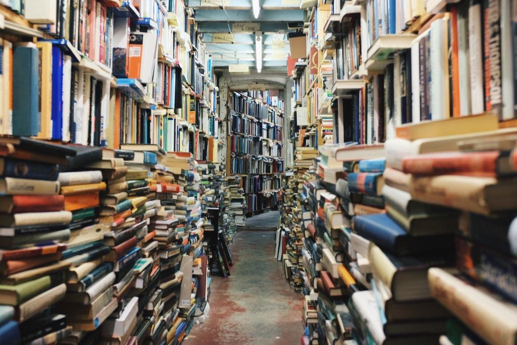 bookstacksandstacks
