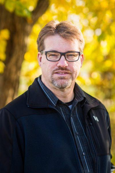 Portrait of Daryl Farmer