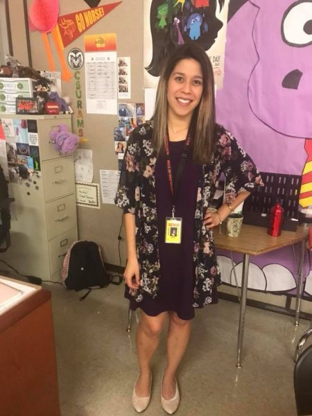 Picture of Lorraine Arvizo in her classroom