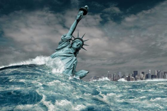 Statue of Liberty washed away in wave